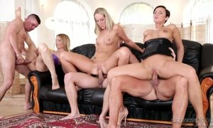 Stunning bitch Gina Momelli arranging sex party at home