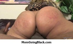 Amateur milf having interracial sex at home 7