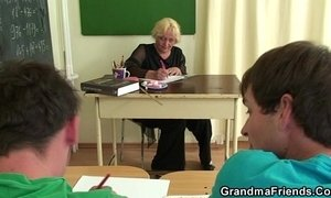Old teacher sucks and rides at same time